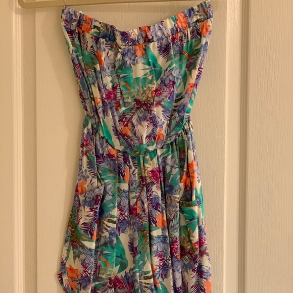 Love Culture Other - Strapless Romper